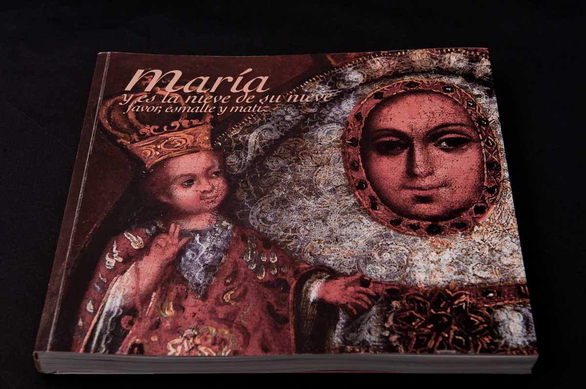María, y es la nieve de su nieve.